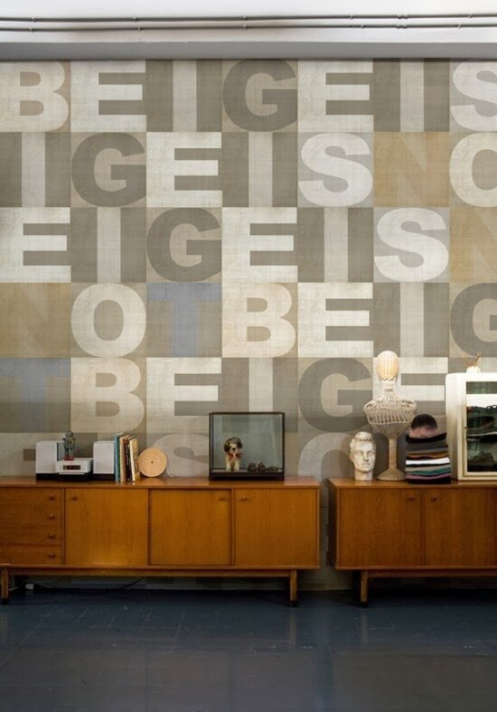 4-Cool-Letter-Wallpapers-by-Wall-and-Deco-5